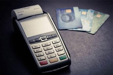 低费率无积分刷卡会降额封卡是真的吗?